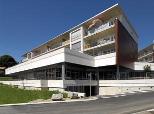 Centre-Commercial-La-Praz